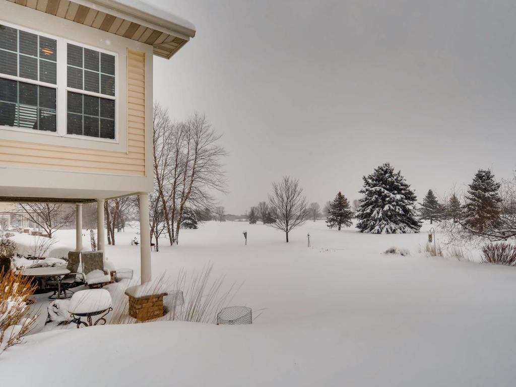 441_560_property_563-holly-lane-oakdale-mn-028-25-views-mls-size-20190214104911.jpg