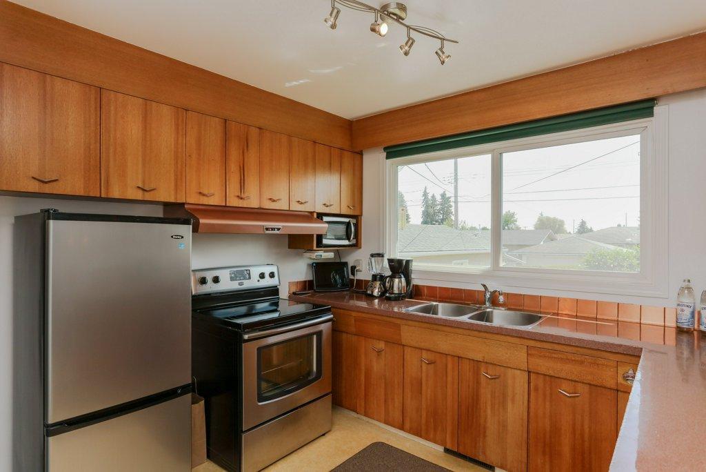 596_337_property_kitchen-20180623090221.jpg