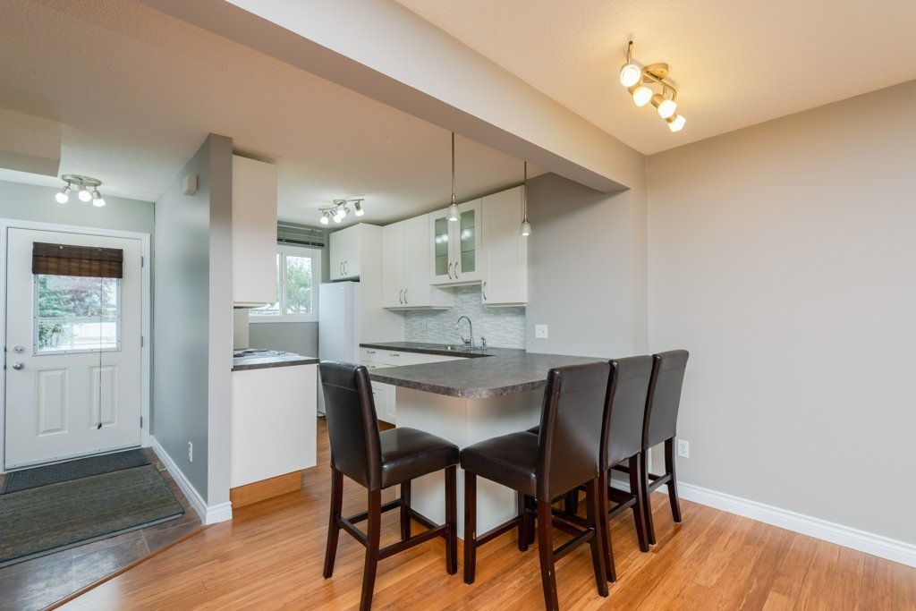 596_826_property_015-11410-139-ave-nw-28-m-20190819010705.jpg